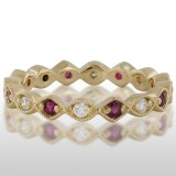 Ladie'S Yellow Gold Ruby And Diamond Ring